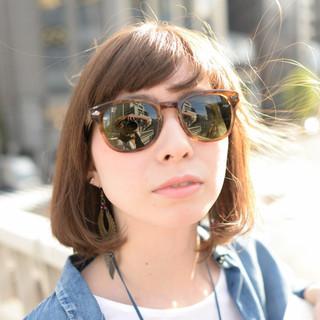 外国人風 フェミニン ミディアム レイヤーカット ヘアスタイルや髪型の写真・画像