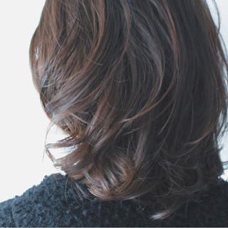セミロング 簡単 パーマ ナチュラル ヘアスタイルや髪型の写真・画像