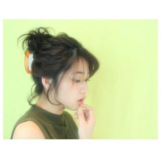 ショート 暗髪 簡単ヘアアレンジ 大人かわいい ヘアスタイルや髪型の写真・画像 ヘアスタイルや髪型の写真・画像