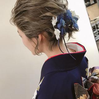 ブリーチ 結婚式 ゆるふわ ウェーブ ヘアスタイルや髪型の写真・画像