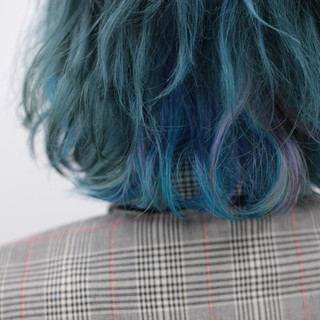 インナーカラー ハイトーン ブリーチ カラートリートメント ヘアスタイルや髪型の写真・画像 ヘアスタイルや髪型の写真・画像