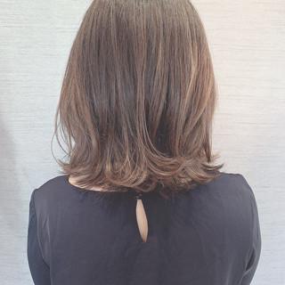 秋 エレガント ミディアム 大人女子 ヘアスタイルや髪型の写真・画像