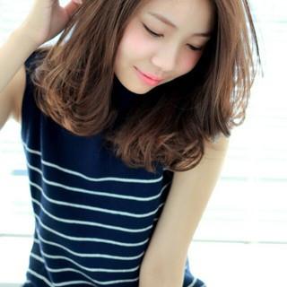 大人女子 かき上げ前髪 パーマ ロブ ヘアスタイルや髪型の写真・画像 ヘアスタイルや髪型の写真・画像
