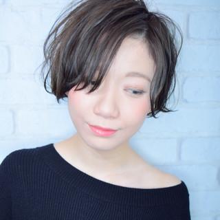ハンサムショート ショート フェミニン 小顔ヘア ヘアスタイルや髪型の写真・画像