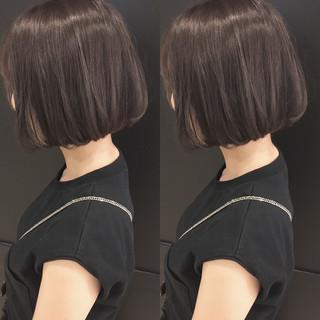 外国人風 ストレート ボブ ストリート ヘアスタイルや髪型の写真・画像