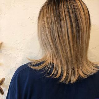 バレイヤージュ ブリーチカラー ミディアム 外国人風カラー ヘアスタイルや髪型の写真・画像