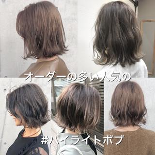 外ハネボブ ハイライト モテボブ 切りっぱなしボブ ヘアスタイルや髪型の写真・画像