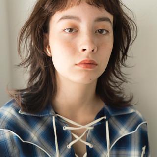 ウルフ女子 ミディアム マッシュウルフ ウルフカット ヘアスタイルや髪型の写真・画像