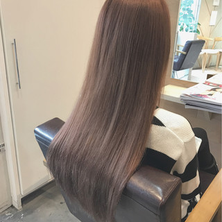 ロング ピンク グレージュ ガーリー ヘアスタイルや髪型の写真・画像