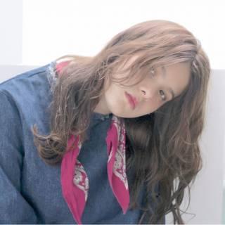アンニュイ 外国人風 ストリート セミロング ヘアスタイルや髪型の写真・画像