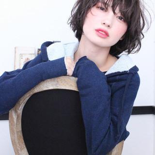 ナチュラル アッシュ 色気 グレージュ ヘアスタイルや髪型の写真・画像 ヘアスタイルや髪型の写真・画像
