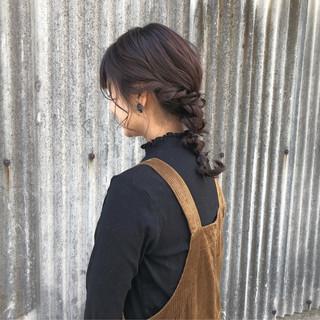 簡単ヘアアレンジ アッシュグレー デート セミロング ヘアスタイルや髪型の写真・画像