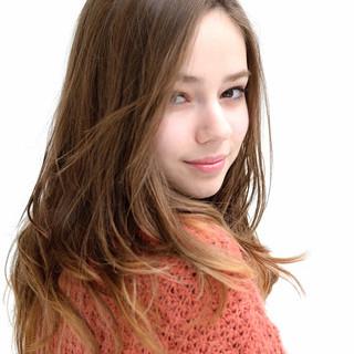 抜け感 外国人風 フェミニン ストレート ヘアスタイルや髪型の写真・画像
