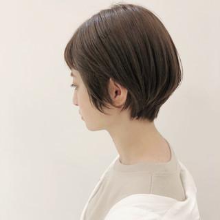 ナチュラル 色気 暗髪 ショート ヘアスタイルや髪型の写真・画像 ヘアスタイルや髪型の写真・画像