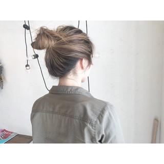簡単ヘアアレンジ アウトドア ミルクティー ミルクティーベージュ ヘアスタイルや髪型の写真・画像