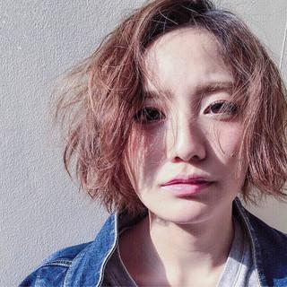 ナチュラル ハイライト 前髪あり 外国人風 ヘアスタイルや髪型の写真・画像