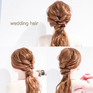 ヘアアレンジ フェミニン ロング オフィス ヘアスタイルや髪型の写真・画像 ヘアスタイルや髪型の写真・画像