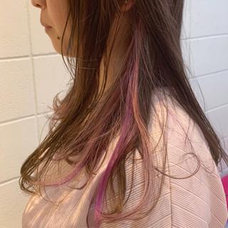 バイオレット ガーリー セミロング インナーカラー ヘアスタイルや髪型の写真・画像