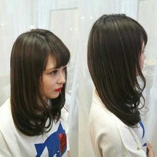 ハイライト 黒髪 ストリート アッシュ ヘアスタイルや髪型の写真・画像