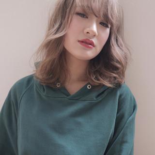 ミディアム 外国人風 外国人風カラー 外国人風フェミニン ヘアスタイルや髪型の写真・画像