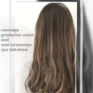 グラデーションカラー ハイライト ナチュラル ロング ヘアスタイルや髪型の写真・画像
