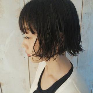 外国人風 大人かわいい パーマ 黒髪 ヘアスタイルや髪型の写真・画像
