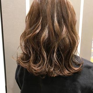 オフィス 透明感 成人式 ボブ ヘアスタイルや髪型の写真・画像