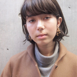 くせ毛風 ナチュラル パーマ 前髪あり ヘアスタイルや髪型の写真・画像