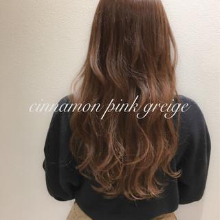 ピンク ピンクアッシュ ロング グレージュ ヘアスタイルや髪型の写真・画像