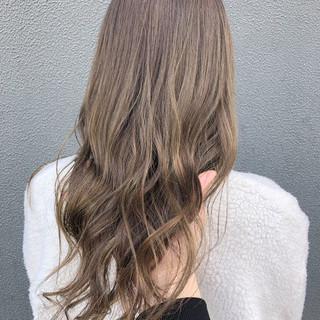 透明感カラー ナチュラル セミロング 透明感 ヘアスタイルや髪型の写真・画像