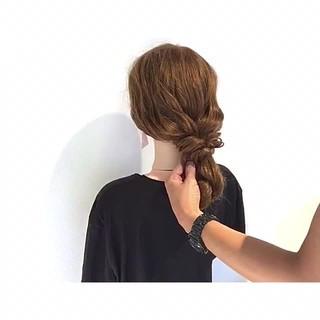 ヘアアレンジ 梅雨 簡単ヘアアレンジ エレガント ヘアスタイルや髪型の写真・画像