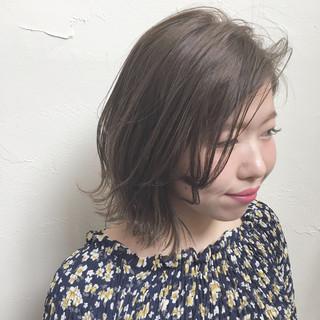 ハイトーン 色気 ボブ アッシュ ヘアスタイルや髪型の写真・画像