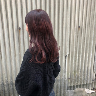 ピンク アンニュイほつれヘア ロング レッド ヘアスタイルや髪型の写真・画像