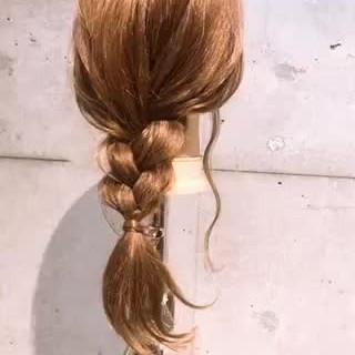 三つ編み 簡単ヘアアレンジ セルフヘアアレンジ セルフアレンジ ヘアスタイルや髪型の写真・画像