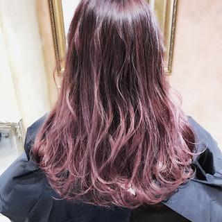 グラデーションカラー ロング ベージュ ガーリー ヘアスタイルや髪型の写真・画像