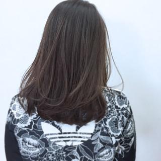 アッシュ グレー グレージュ 暗髪 ヘアスタイルや髪型の写真・画像