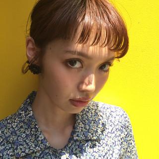 ミルクティー デート エレガント 上品 ヘアスタイルや髪型の写真・画像