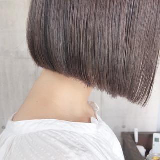 ミルクティーベージュ ナチュラル ショートボブ グレージュ ヘアスタイルや髪型の写真・画像