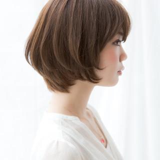 バレンタイン 簡単ヘアアレンジ ナチュラル オフィス ヘアスタイルや髪型の写真・画像