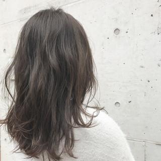 冬 透明感 ナチュラル ロング ヘアスタイルや髪型の写真・画像