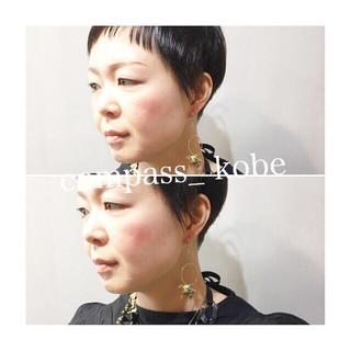パープル アッシュ ナチュラル ショート ヘアスタイルや髪型の写真・画像