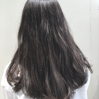 外国人風カラー セミロング グラデーションカラー ハイライト ヘアスタイルや髪型の写真・画像