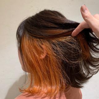 インナーカラーオレンジ ストリート ブリーチ オレンジ ヘアスタイルや髪型の写真・画像
