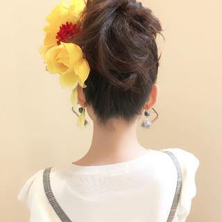 フェミニン ロング 簡単ヘアアレンジ 結婚式 ヘアスタイルや髪型の写真・画像 ヘアスタイルや髪型の写真・画像