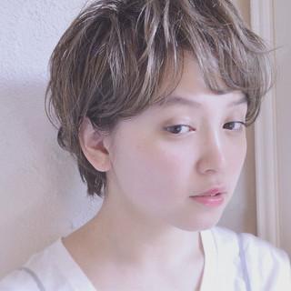 似合わせ マッシュ 小顔 フェミニン ヘアスタイルや髪型の写真・画像