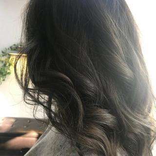 イルミナカラー 秋 上品 エレガント ヘアスタイルや髪型の写真・画像