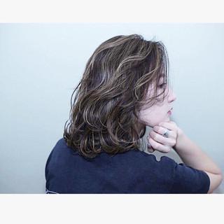 外ハネ バレイヤージュ ダブルカラー 外国人風カラー ヘアスタイルや髪型の写真・画像