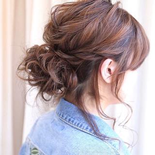 結婚式 編み込み ミディアム ナチュラル ヘアスタイルや髪型の写真・画像