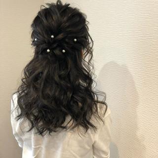 パーティ ヘアアレンジ セミロング ハーフアップ ヘアスタイルや髪型の写真・画像