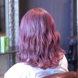 ピンク ウェーブ 大人かわいい レッド ヘアスタイルや髪型の写真・画像